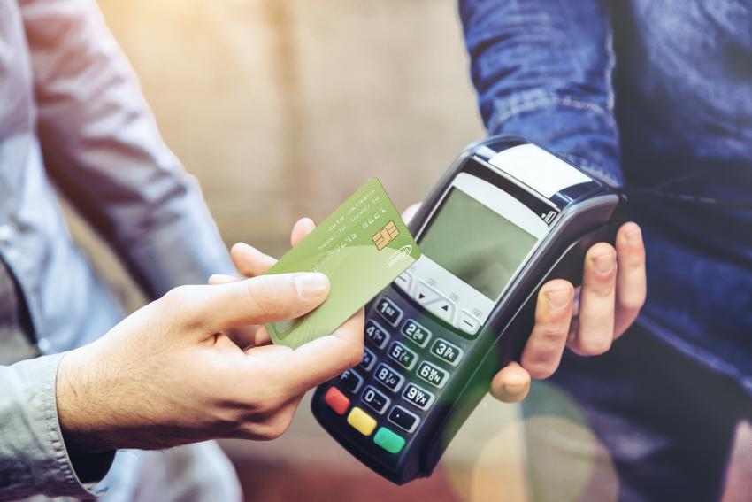 インフィニオンがIDEX Biometrics社と共同で、高性能でスケーラブル、高コスト効率で製造が可能な生体認証スマートカード用プラットフォームを発表